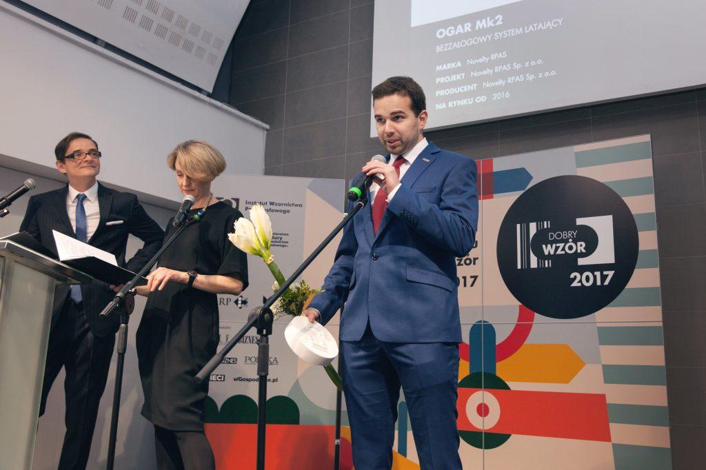 Odbiór nagrody Dobry Wzór, OGAR Mk2, Novelty RPAS, Tomasz Siwy