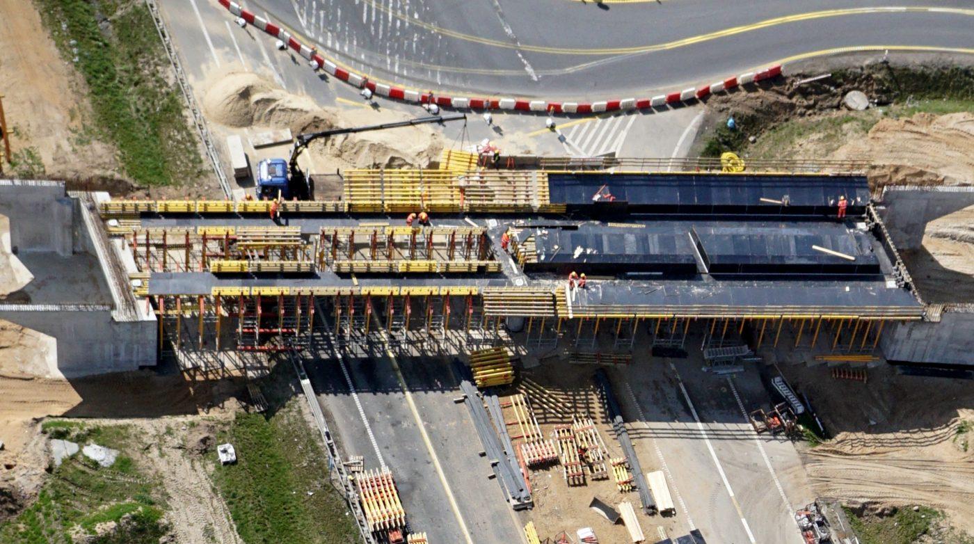 Budowa wiaduktu sfotografowana przez samolot bezzałogowy Novelty RPAS Albatros