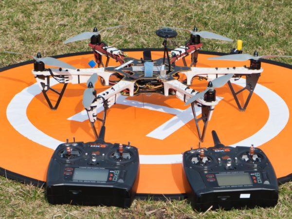 Dron i aparatury uczeń-trener